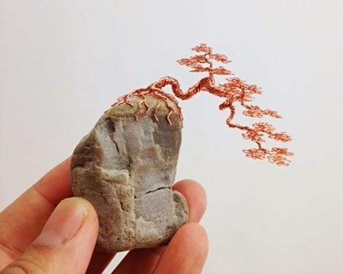 17-Ken-To-aka-KenToArt-Miniature-Wire-Bonsai-Tree-Sculptures-www-designstack-co