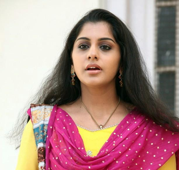 www.starsofmovie.blogspot.in: Mallu Sing film story and new stills