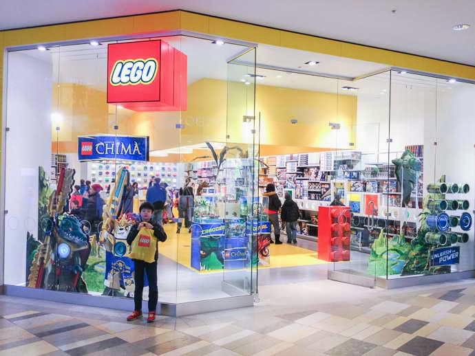 LEGO LEGO Store at Beachwood Place, Beachwood, OH