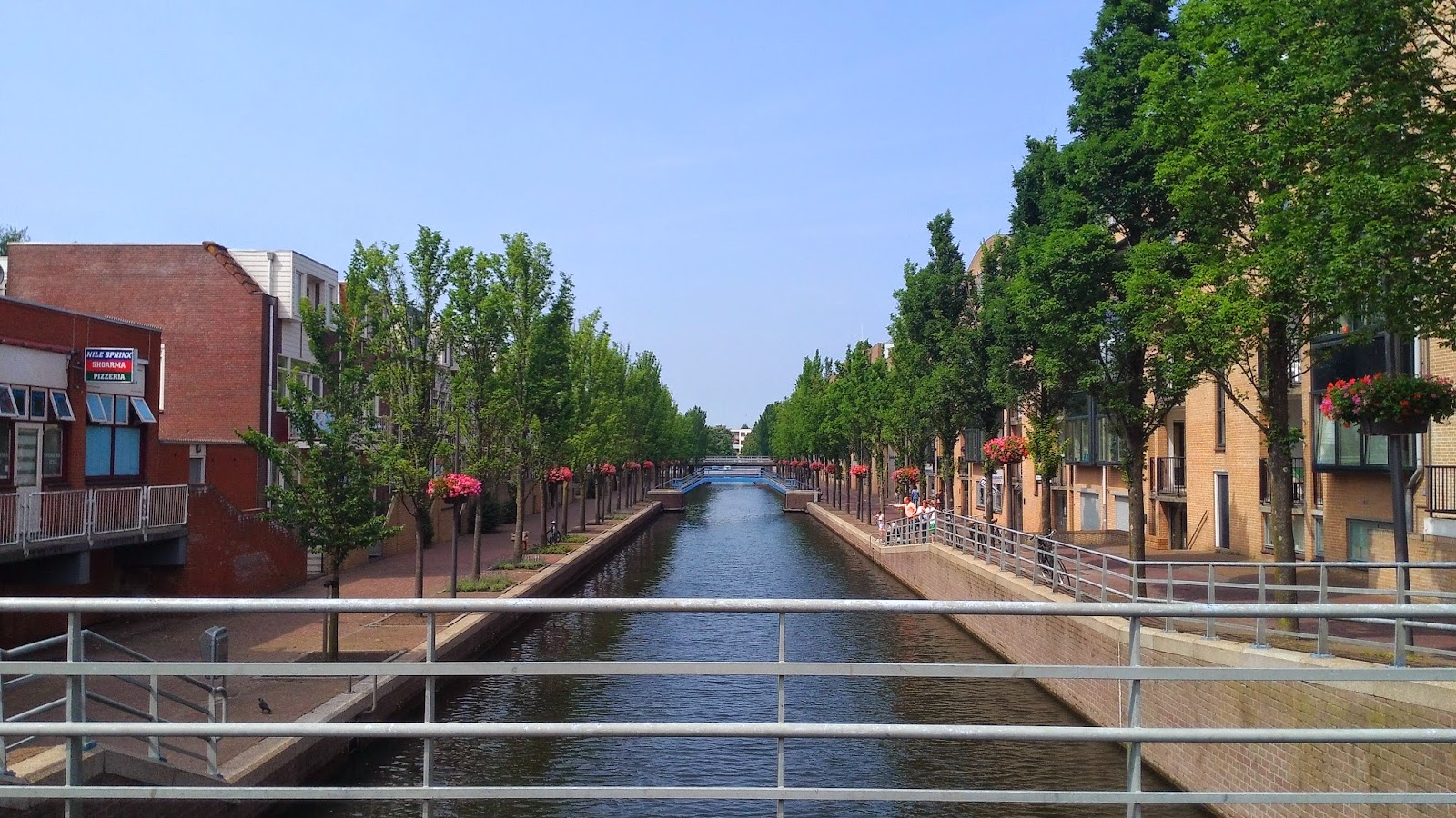 Almere canal