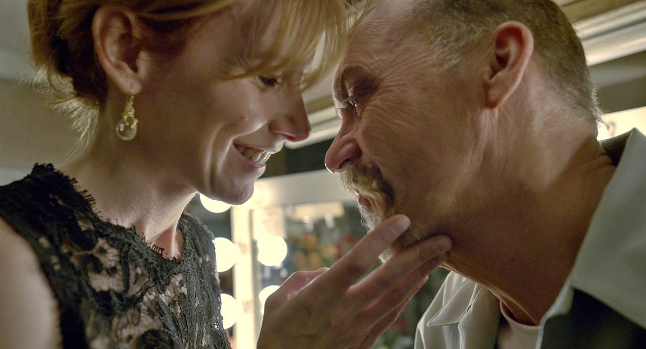 birdman-amy ryan-michael keaton