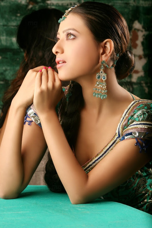 Madalasa Sharma Hot Photo Shoot Gallery unseen pics