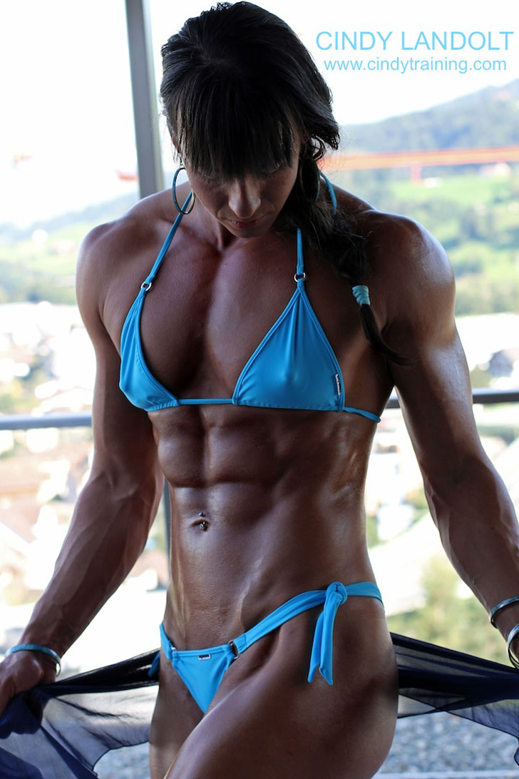 Cindy Landolt Flexing Her Ripped Abs