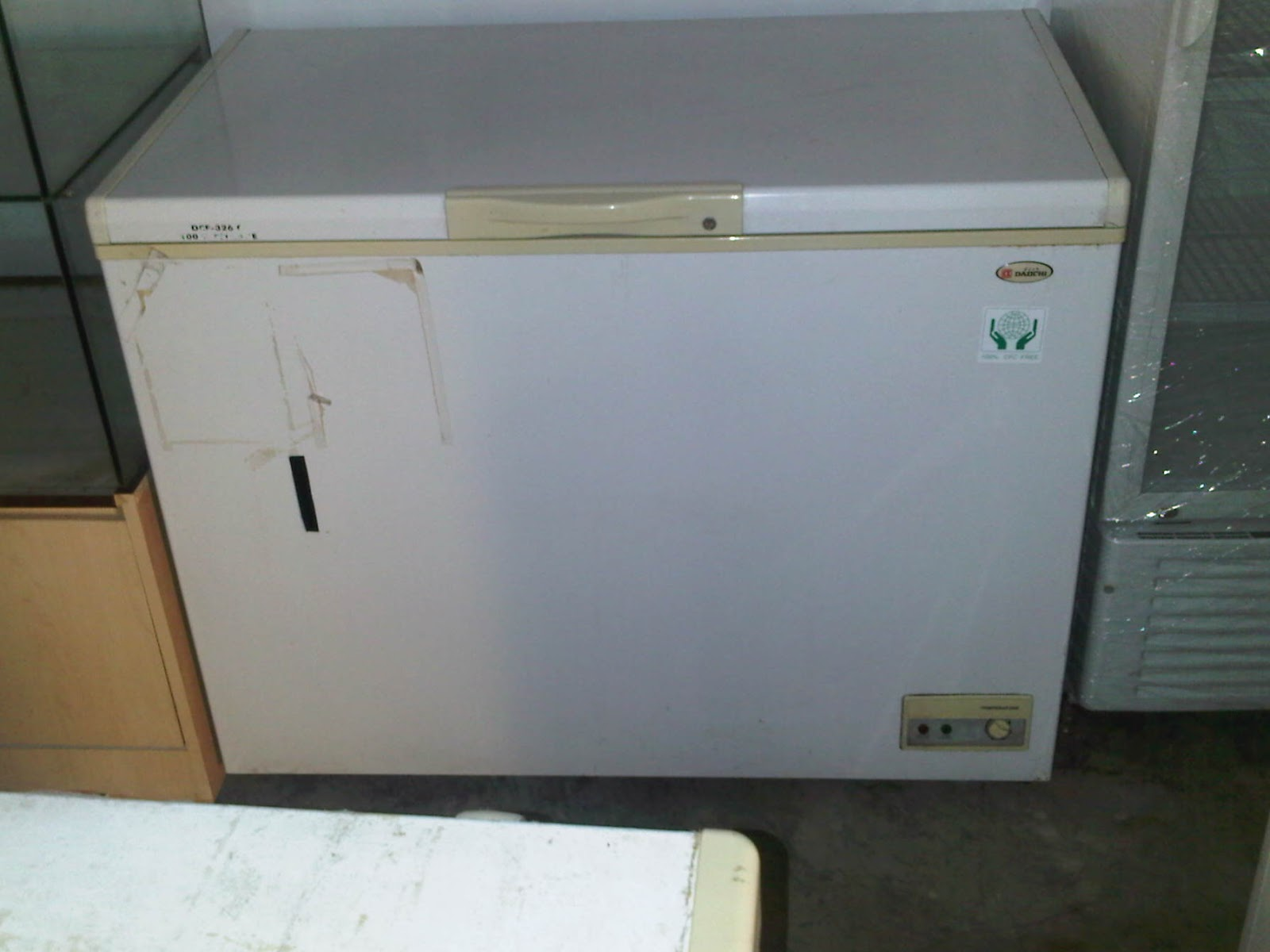 Freezer Box Cap Ltr Merk Daiichi Terjual