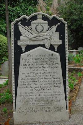 Gibraltar_Trafalgar_cemetery-By_martin_vmorris_CC-BY-SA-2.0