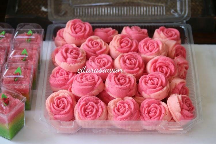 Pin Apam Warna Warni Dan Polkadot Cake On Pinterest