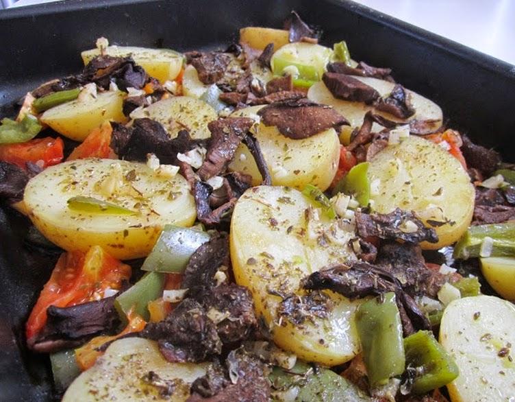 Batatas com Funghi (vegana)