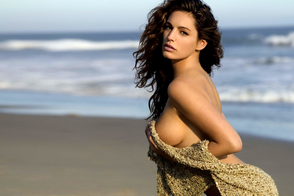 Kelly Brook Foto Artis Cantik 3