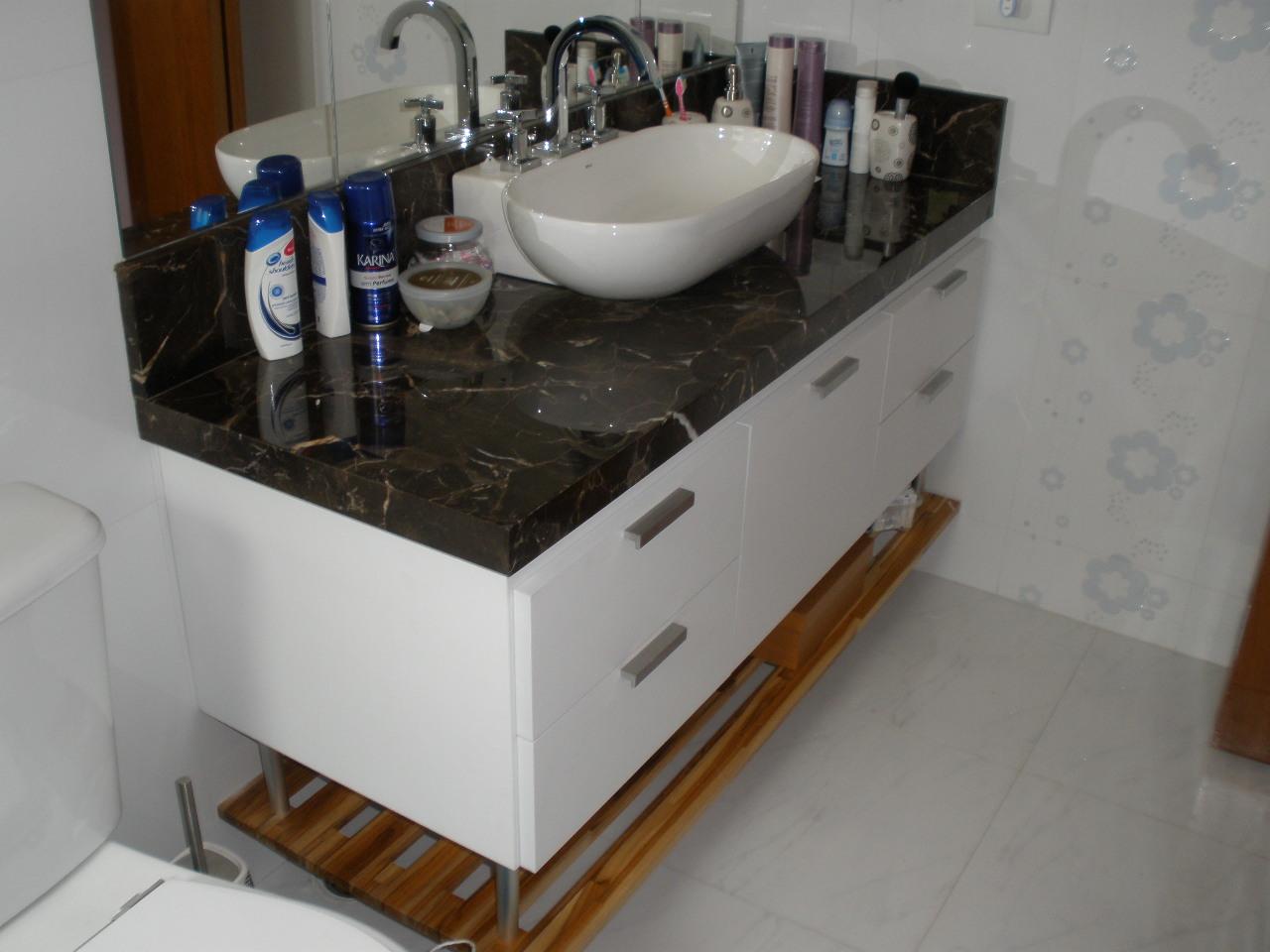 gabinete banheiro em mdf revestido em melamina branca texturizada  #243F6B 1280 960