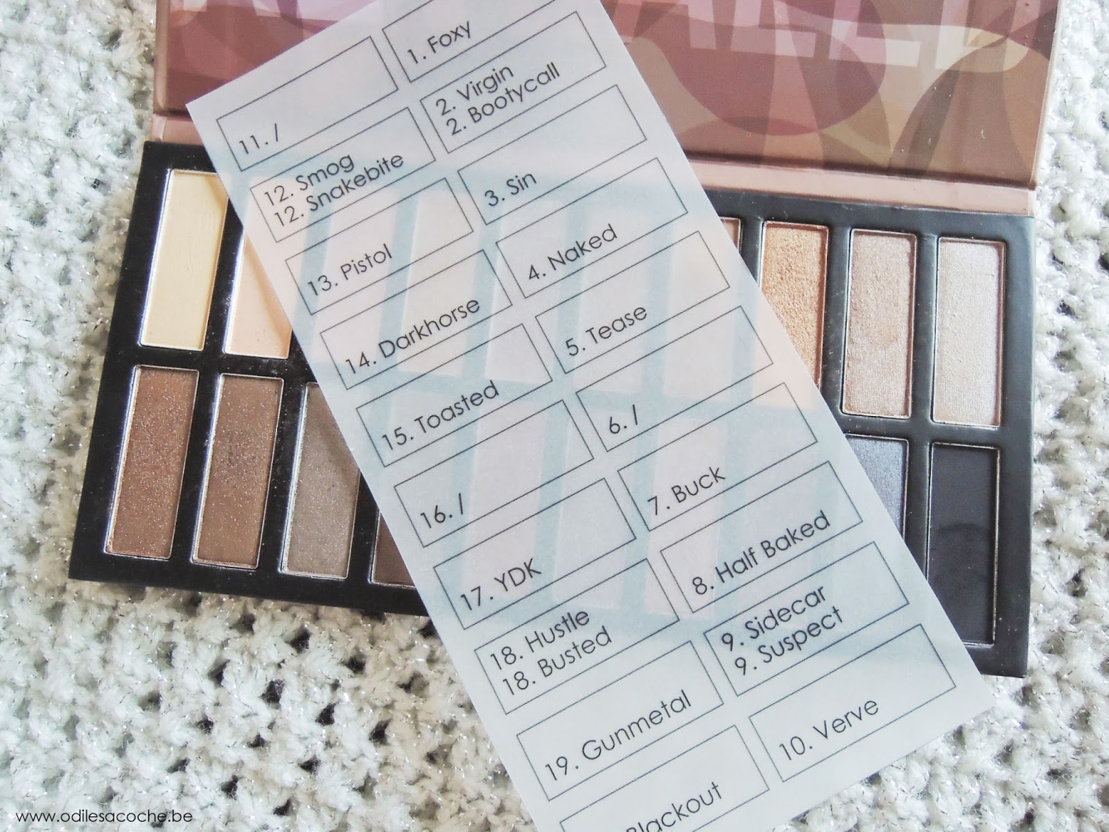 calque layout noms fards revealed palette