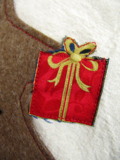 Christmas gift applique