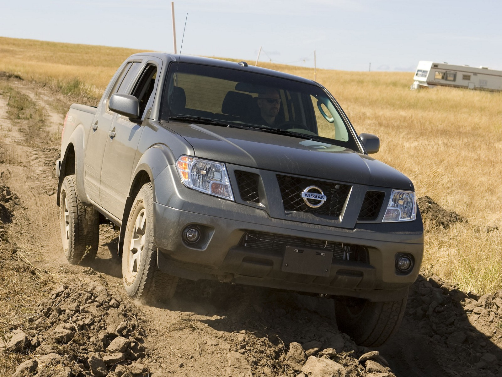 2009 nissan frontier pro 4x pictures. Black Bedroom Furniture Sets. Home Design Ideas