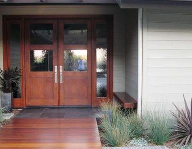 Fotos y dise os de puertas puertas de madera modernas for Fotos de puertas principales de madera modernas