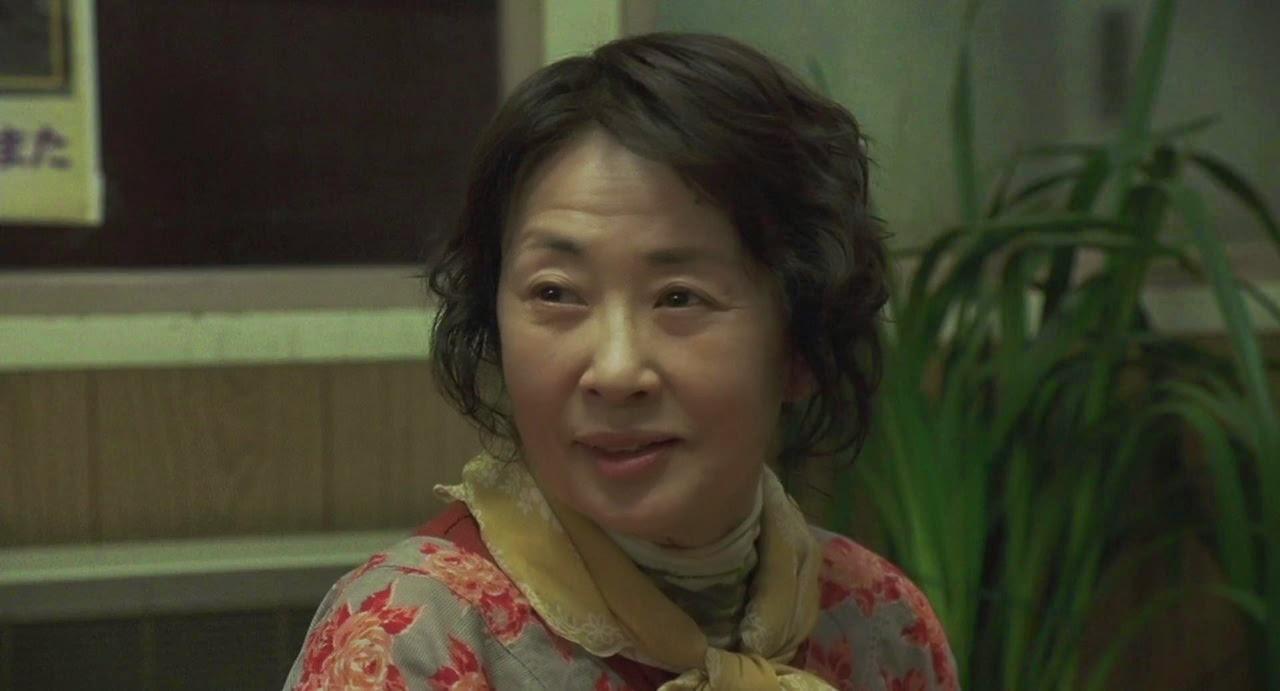 departures-okuribito-kazuko yoshiyuki