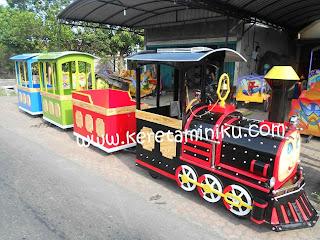 Kereta Mini Tanpa Rel (Kereta Mall)