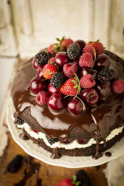 Chocolate and berry cake