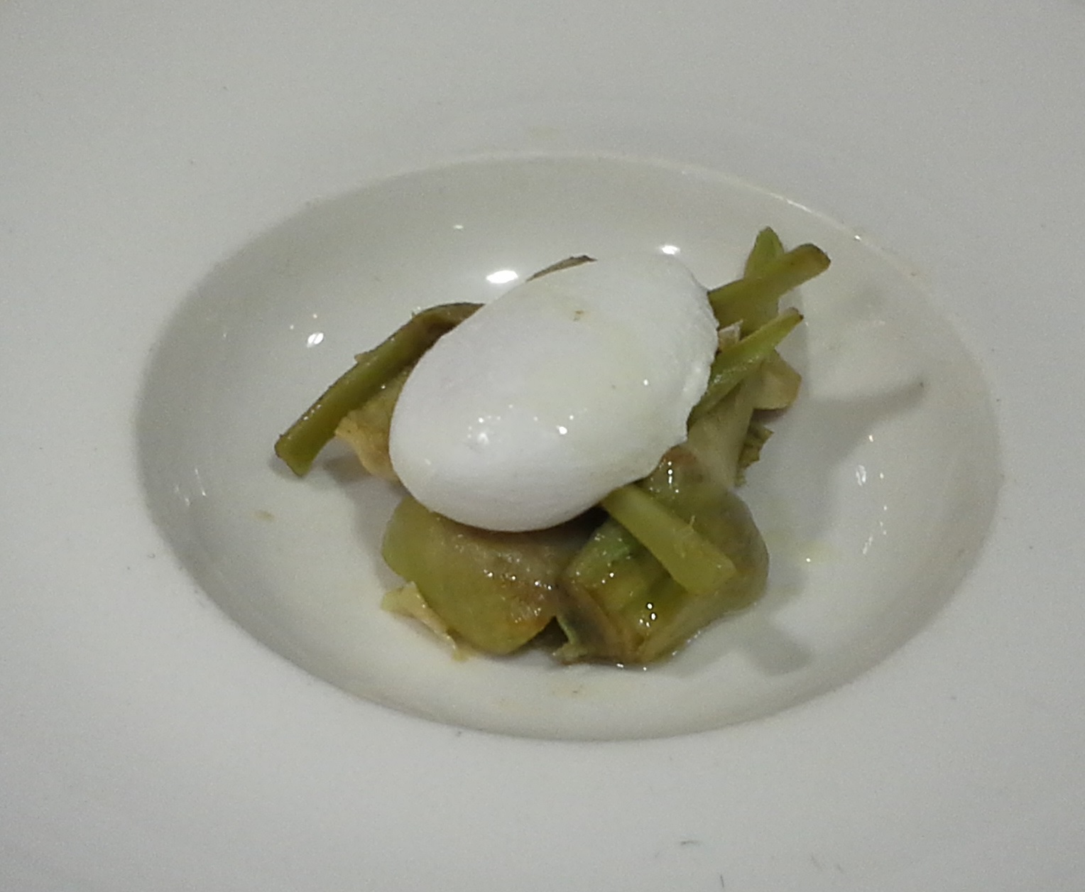 alcachofa trufa huevo poche hofmann elcoladorchino