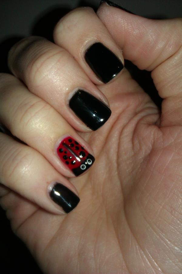 Gel Nail Art One Tip At A Time Tutorial On Ladybird Nail Art For