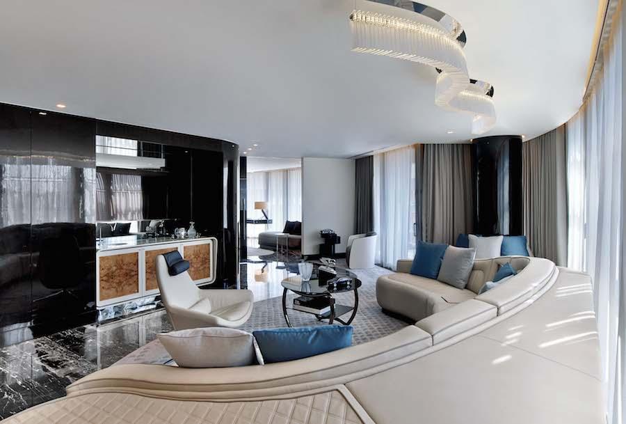 ベントレーがデザインした高級ホテルのスイートルーム