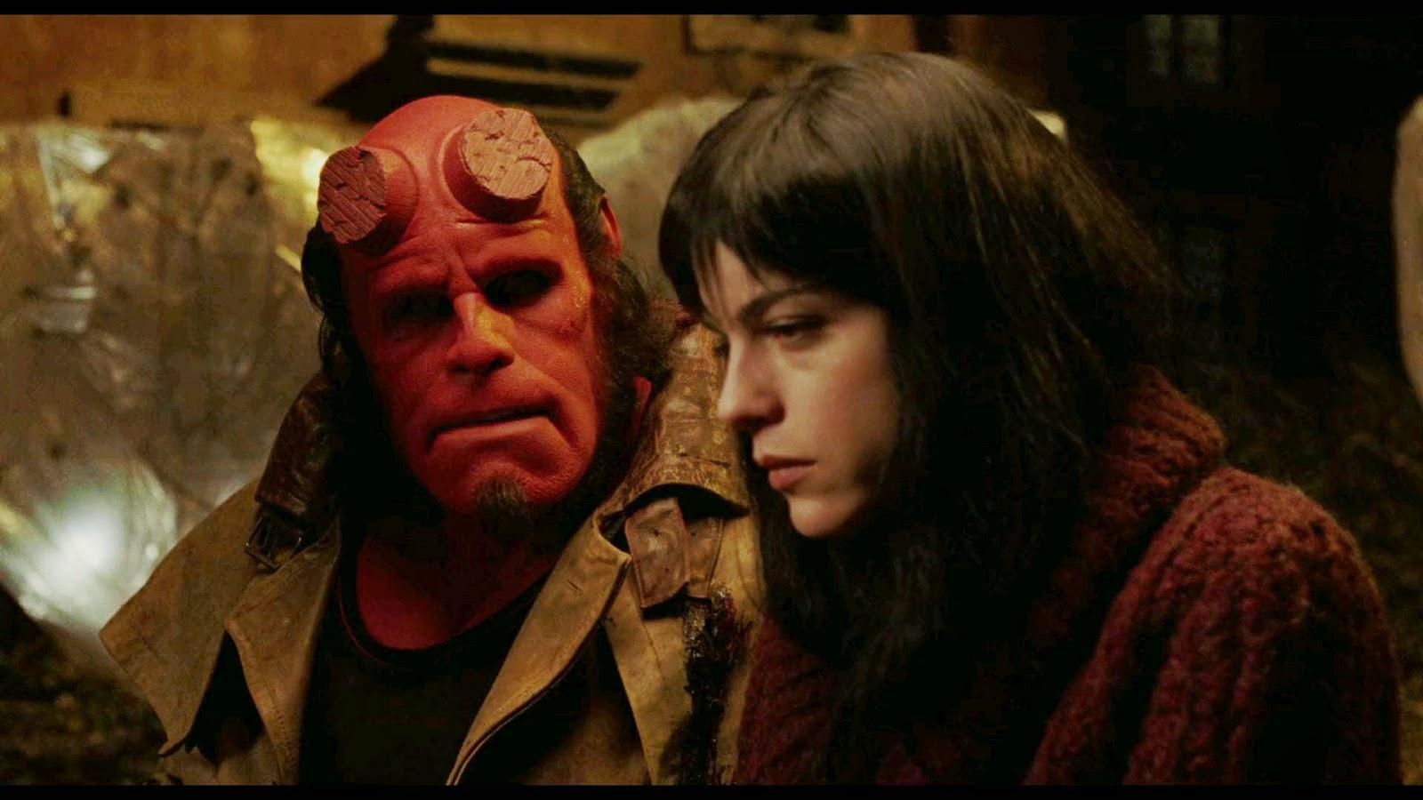 Hellboy (2004) S4 s Hellboy (2004)