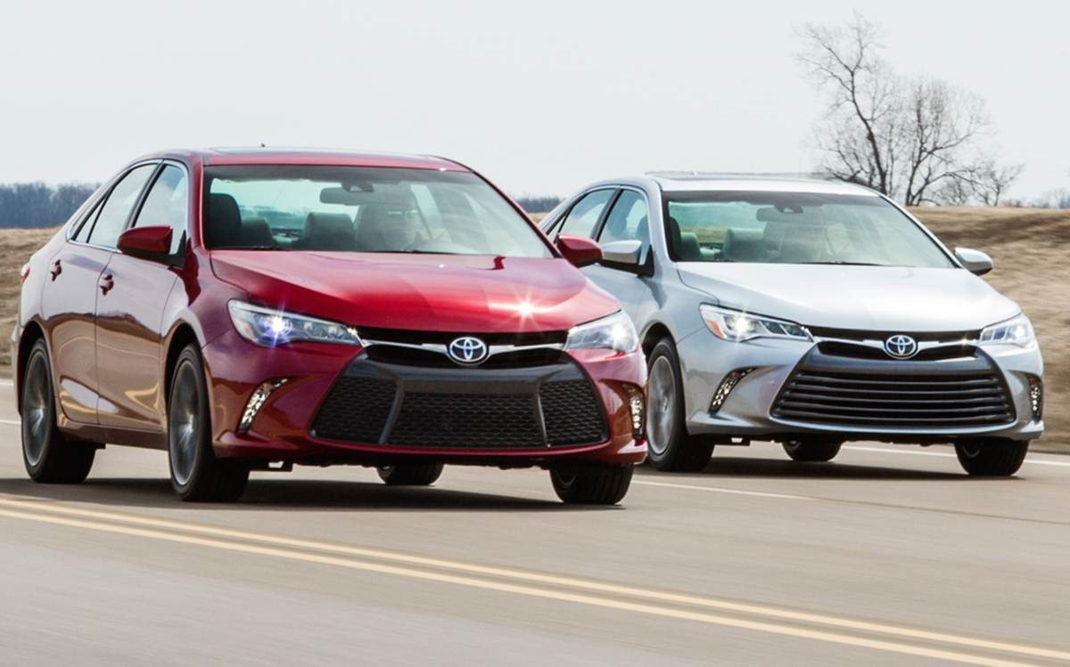 Novo Toyota Camry 2015