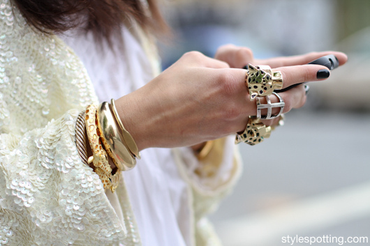 Gold trend streetstyle