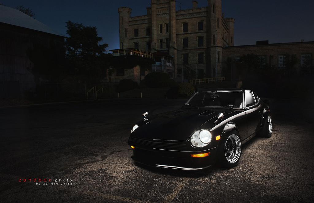 Nissan Fairlady Z S30, japoński klasyk, stary samochód, czarnym, kultowy, nostalgic, classic, old car, JDM, zdjęcia w nocy