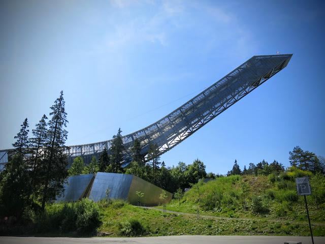 Holmenkollen och Frognerseteren i Oslo