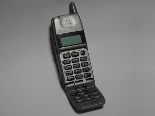 PHS DDIポケット aiwa PT-H50