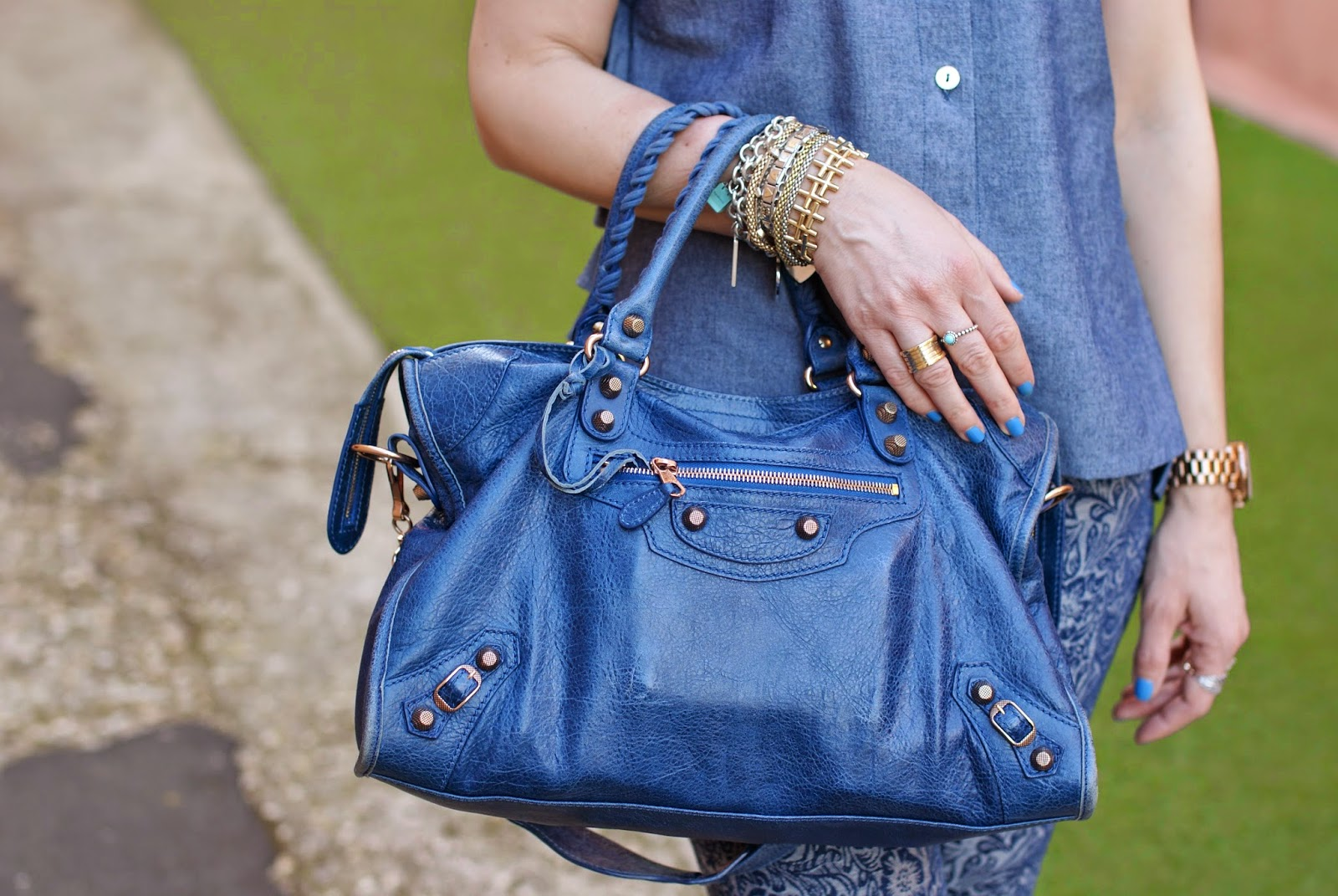 balenciaga city, cobalt blue balenciaga, bvlgari ring, Fashion and Cookies, fashion blogger