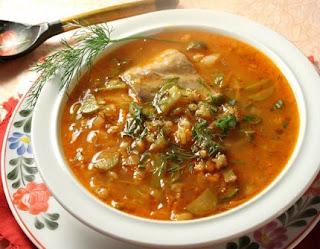Диетический суп с тунцом и сельдереем