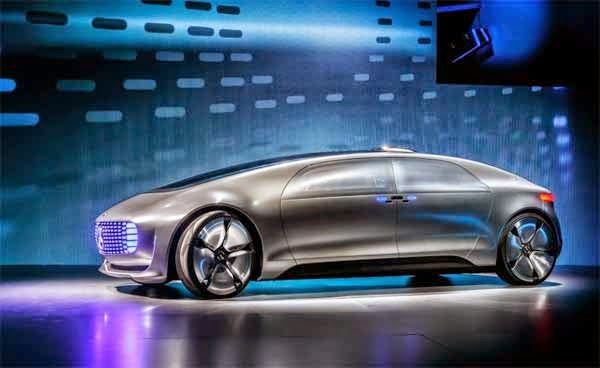 2015 Mercedes Benz F 015 Luxury in Motion Concept