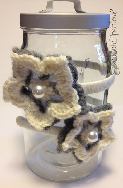 cerchietto con fiori crochet fatto a mano