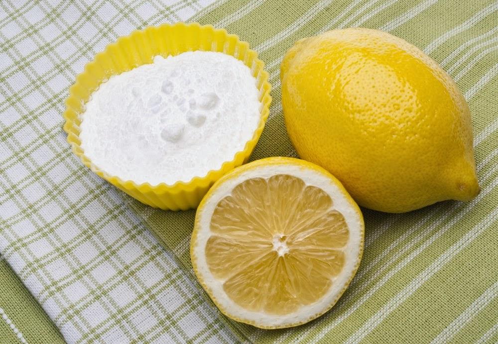 DIY Skrub muka dengan baking soda dan lemon