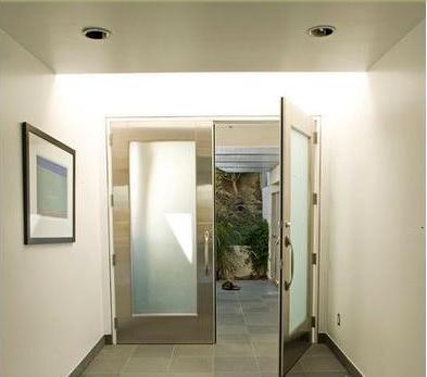 Fotos y dise os de puertas puerta aluminio for Disenos en aluminio