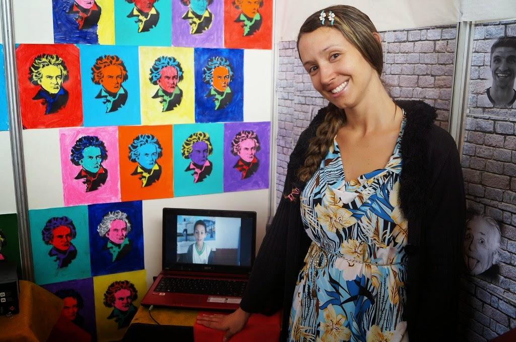 A orientadora pedagógica Bruna Viana da Silva, da Escola Municipal Alice Saldanha, aproveitou a Alemanha para abordar questões de preconceito racial