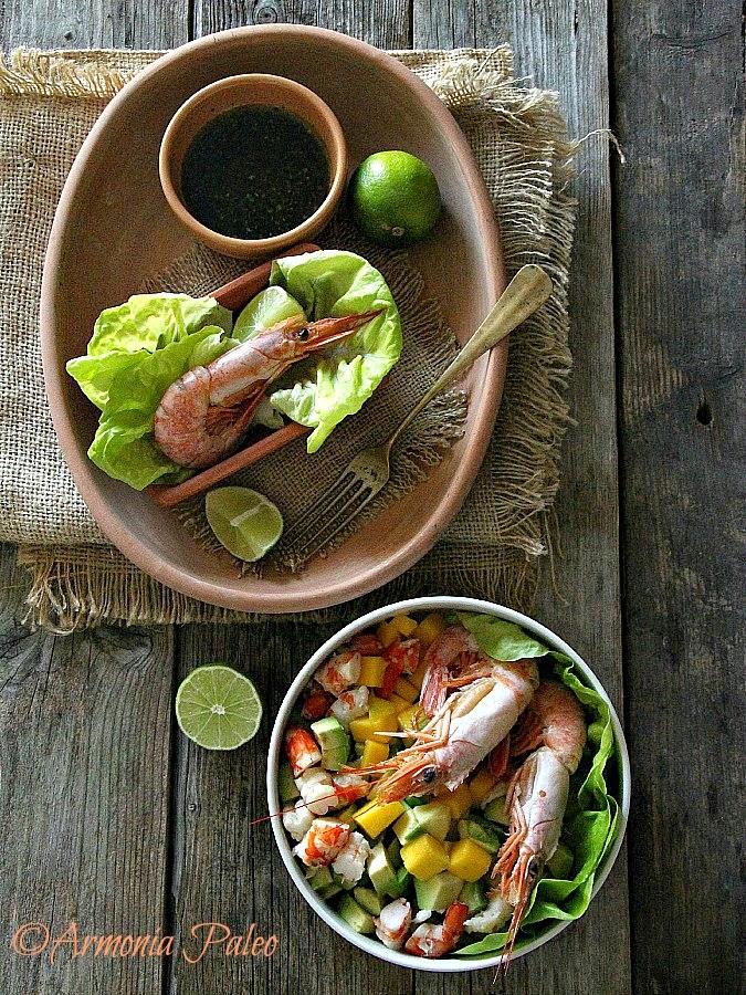 Insalata di Gamberi con Mango e Avocado di Armonia Paleo