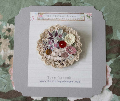 crochet%2Blove%2Bbrooch%2B1a Our next Vintage Fayre   Home & Gifts at Whinstone View Bistro, Great Ayton.