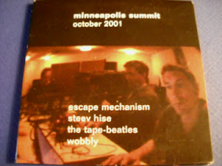 ESCAPE MECHANISM/STEEV HISE/THE TAPE-BEATLES/WOBBLY-MINNEAPOLIS SUMMIT OCTOBER 2001, 3\