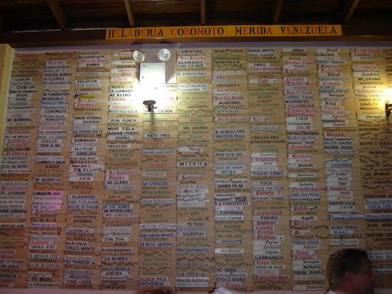 Heladería Coromoto en el estado Mérida en Venezuela, 900 sabores extraños y contando