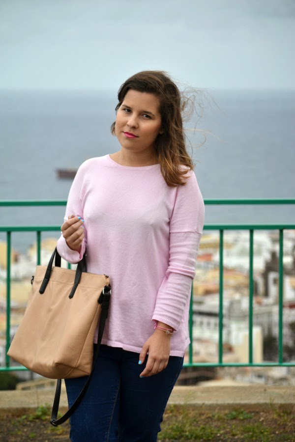 look_outfit_jersey_rosa_pastel_new_balance_chica_nudelolablog_02