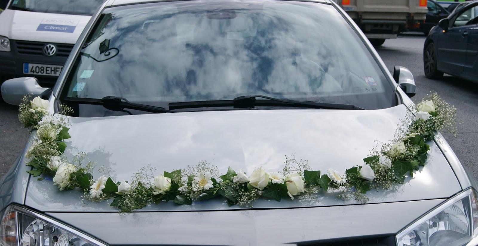 des magnolias sur ma voie lact e d coration voiture mariage lierre gypsophile et fleurs. Black Bedroom Furniture Sets. Home Design Ideas