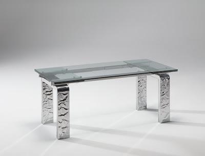 Domus arredi mito da riflessi un tavolo allungabile in for Tavoli in cristallo e acciaio