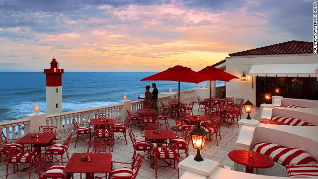 140722154751-rooftop-bars-1-oysterbox-horizontal-gallery