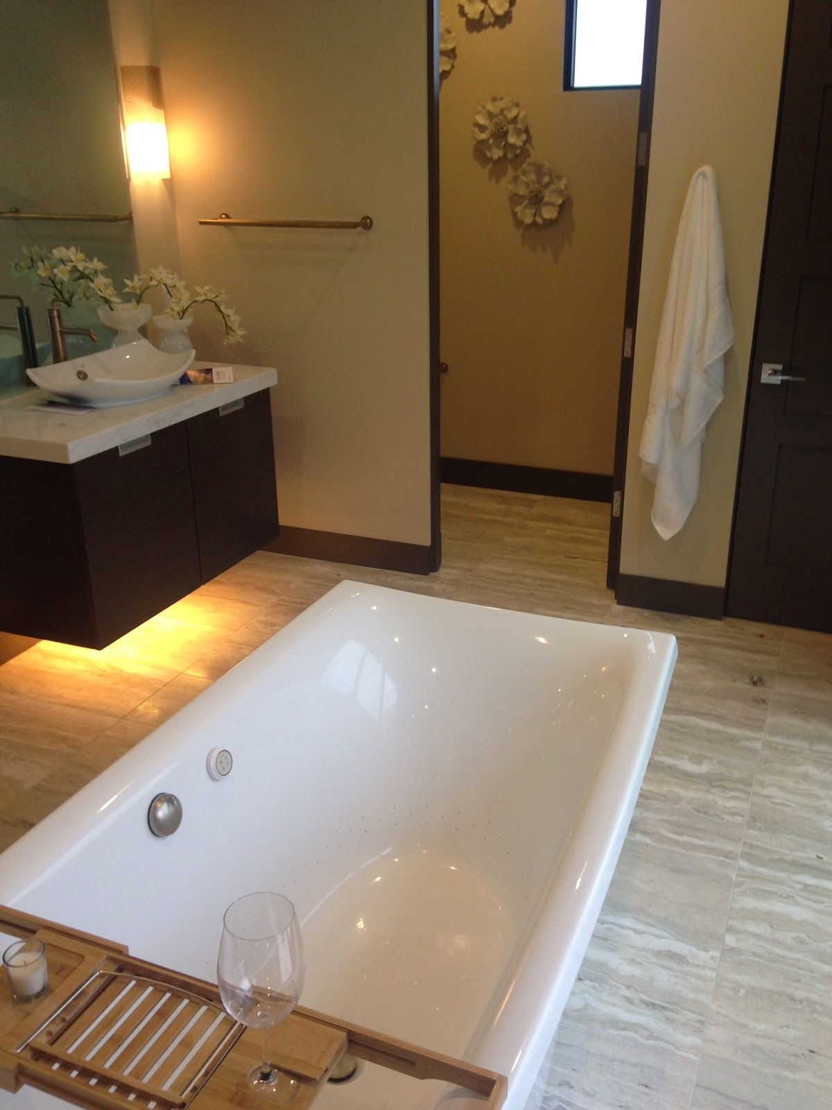 International builders show 2015, New american home master bath