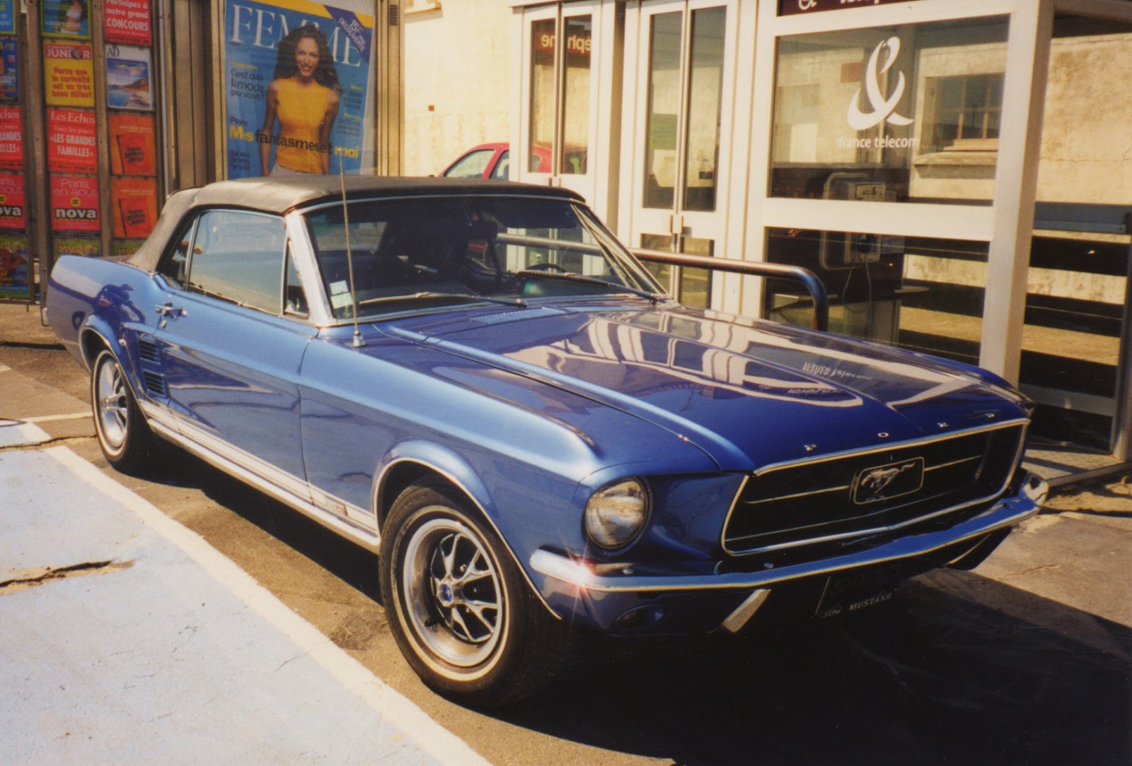 1967 ford mustang convertible fort mahon france spot a car. Black Bedroom Furniture Sets. Home Design Ideas