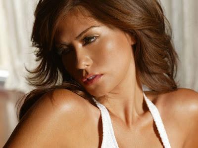 Sandra Ramirez Sexy Wallpaper