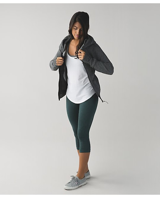 lululemon dark-fuel-in-the-flow-crop