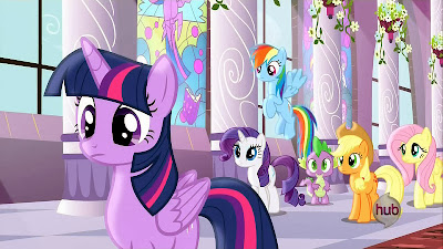 Twilight and the others in Canterlot Castle