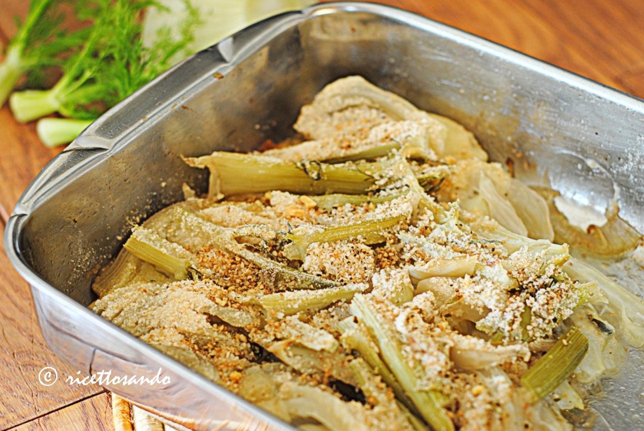 finocchi al forno con cipolle e montasio